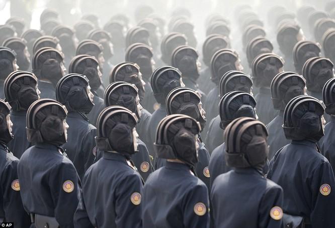 Sức mạnh quân sự Triều Tiên qua màn duyệt binh lớn nhất lịch sử ảnh 25