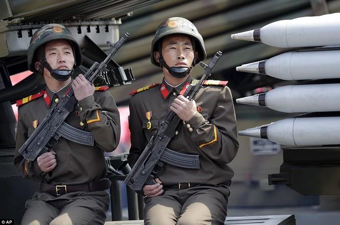 Sức mạnh quân sự Triều Tiên qua màn duyệt binh lớn nhất lịch sử ảnh 26