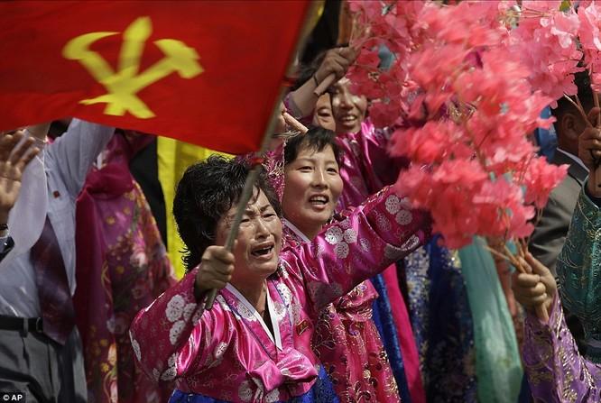 Sức mạnh quân sự Triều Tiên qua màn duyệt binh lớn nhất lịch sử ảnh 34