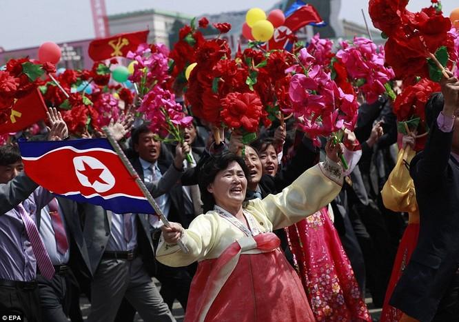 Sức mạnh quân sự Triều Tiên qua màn duyệt binh lớn nhất lịch sử ảnh 36