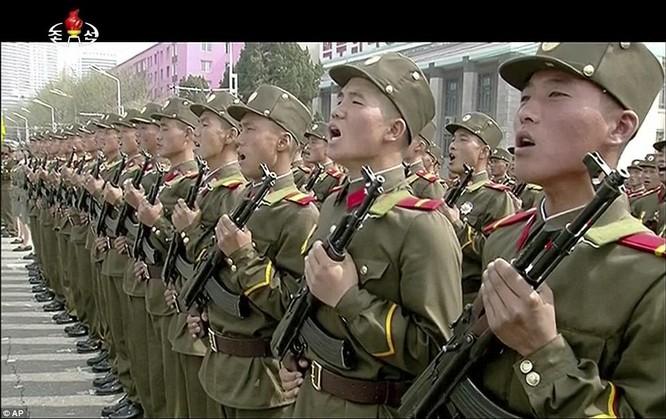 Sức mạnh quân sự Triều Tiên qua màn duyệt binh lớn nhất lịch sử ảnh 27