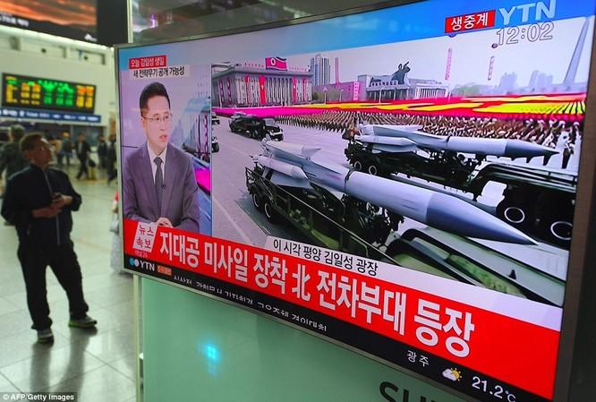 Sức mạnh quân sự Triều Tiên qua màn duyệt binh lớn nhất lịch sử ảnh 28