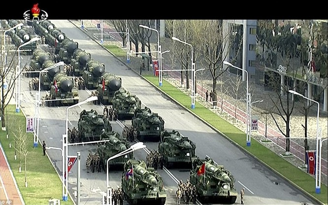 Sức mạnh quân sự Triều Tiên qua màn duyệt binh lớn nhất lịch sử ảnh 30