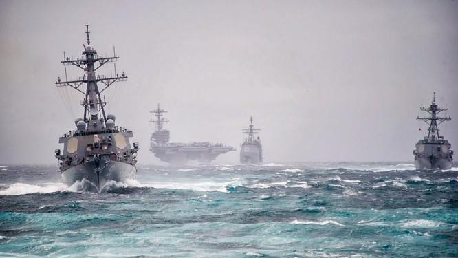 Cụm tác chiến tàu sân bay Carl Vinson của Mỹ đang lượn lờ gần bán đảo Triều Tiên