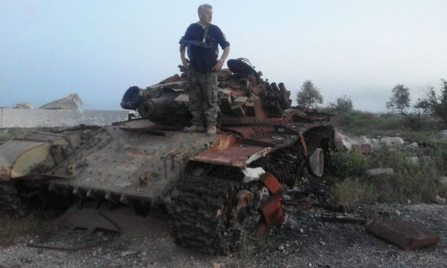 Quân đội Syria hủy diệt hàng chục xe phiến quân, hơn 50 tay súng thánh chiến chết trận (video) ảnh 1