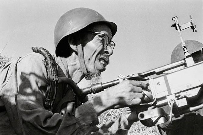 """Phòng không Việt Nam """"vít cổ"""" không lực siêu cường (chùm ảnh) ảnh 22"""