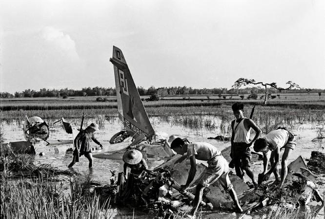 """Phòng không Việt Nam """"vít cổ"""" không lực siêu cường (chùm ảnh) ảnh 24"""