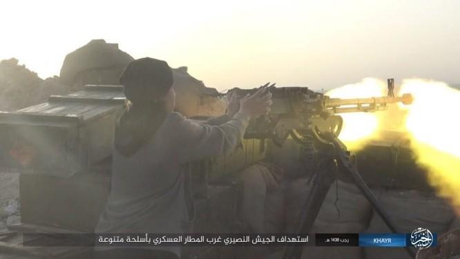 Chảo lửa Deir Ezzor: Quân đội Syria bày trận hỏa lực phá vây IS (video) ảnh 4