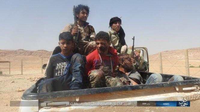 IS thảm sát dã man, quân đội Syria sắp tiến đánh bắc Palmyra ảnh 2