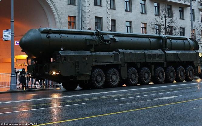 Xe tăng, tên lửa Nga tập dượt duyệt binh mừng Ngày chiến thắng ảnh 5