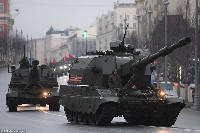 Xe tăng, tên lửa Nga tập dượt duyệt binh mừng Ngày chiến thắng ảnh 15