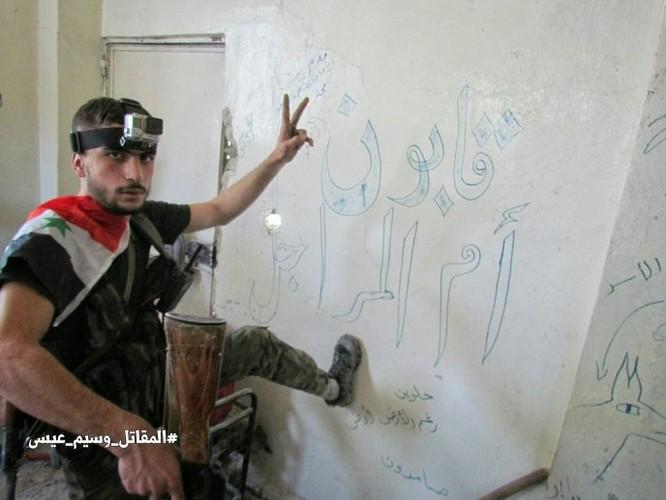 Chiến sự Syria: Quân Assad siết vòng vây phiến quân cố thủ ngoại vi Damascus ảnh 8