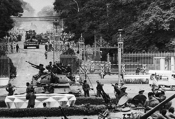 Giải phóng Sài Gòn: Những khoảnh khắc sống mãi với thời gian (chùm ảnh) ảnh 5
