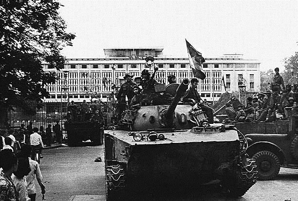 Giải phóng Sài Gòn: Những khoảnh khắc sống mãi với thời gian (chùm ảnh) ảnh 7