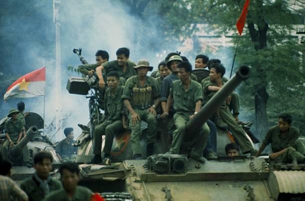 Giải phóng Sài Gòn: Những khoảnh khắc sống mãi với thời gian (chùm ảnh) ảnh 8
