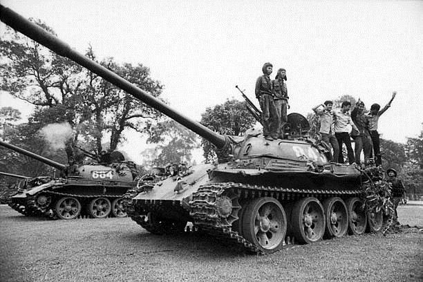 Giải phóng Sài Gòn: Những khoảnh khắc sống mãi với thời gian (chùm ảnh) ảnh 12