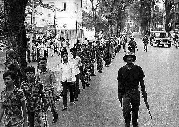 Giải phóng Sài Gòn: Những khoảnh khắc sống mãi với thời gian (chùm ảnh) ảnh 13