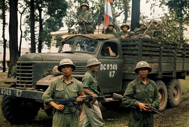 Giải phóng Sài Gòn: Những khoảnh khắc sống mãi với thời gian (chùm ảnh) ảnh 15