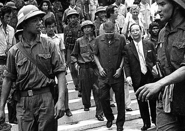 Giải phóng Sài Gòn: Những khoảnh khắc sống mãi với thời gian (chùm ảnh) ảnh 19