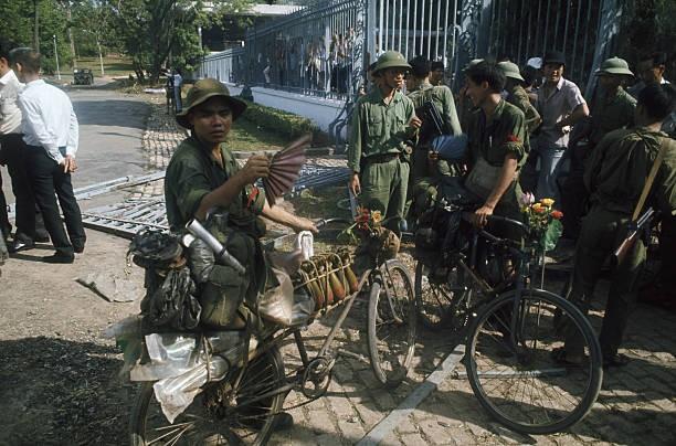 Giải phóng Sài Gòn: Những khoảnh khắc sống mãi với thời gian (chùm ảnh) ảnh 23