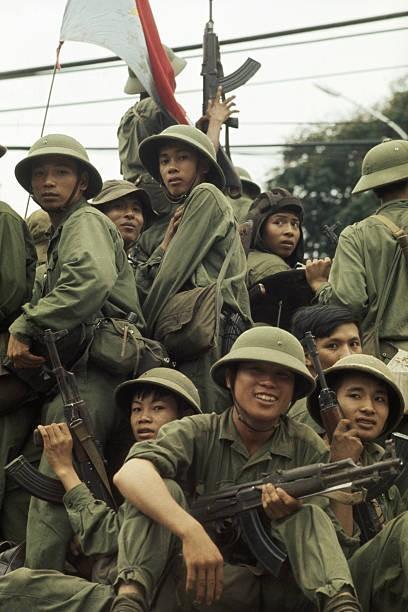 Giải phóng Sài Gòn: Những khoảnh khắc sống mãi với thời gian (chùm ảnh) ảnh 24