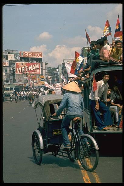 Giải phóng Sài Gòn: Những khoảnh khắc sống mãi với thời gian (chùm ảnh) ảnh 34