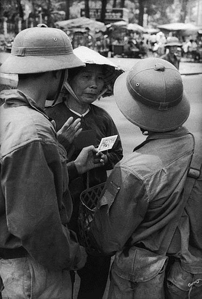 Giải phóng Sài Gòn: Những khoảnh khắc sống mãi với thời gian (chùm ảnh) ảnh 39