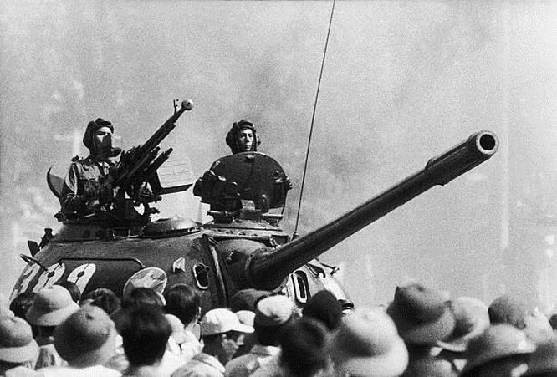 Giải phóng Sài Gòn: Những khoảnh khắc sống mãi với thời gian (chùm ảnh) ảnh 43