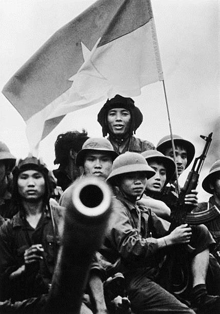 Giải phóng Sài Gòn: Những khoảnh khắc sống mãi với thời gian (chùm ảnh) ảnh 46