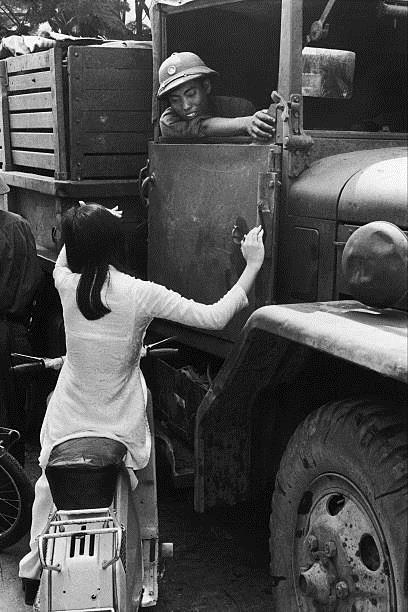 Giải phóng Sài Gòn: Những khoảnh khắc sống mãi với thời gian (chùm ảnh) ảnh 49