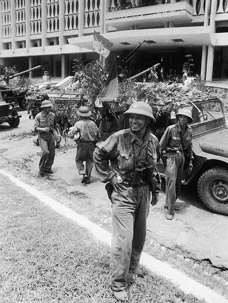 Giải phóng Sài Gòn: Những khoảnh khắc sống mãi với thời gian (chùm ảnh) ảnh 51