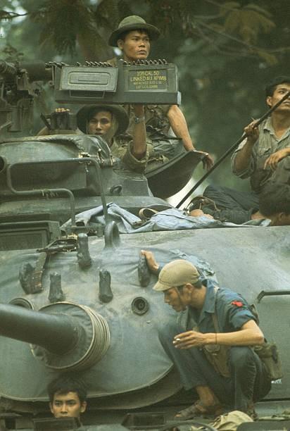 Giải phóng Sài Gòn: Những khoảnh khắc sống mãi với thời gian (chùm ảnh) ảnh 52