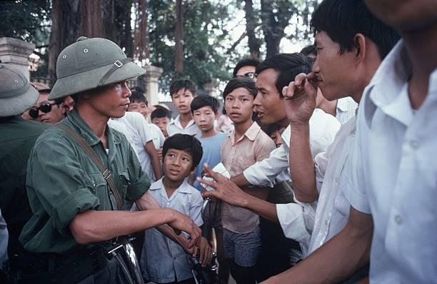 Giải phóng Sài Gòn: Những khoảnh khắc sống mãi với thời gian (chùm ảnh) ảnh 56