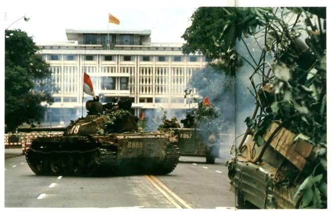 Giải phóng Sài Gòn: Những khoảnh khắc sống mãi với thời gian (chùm ảnh) ảnh 2