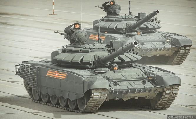 Ngắm dàn vũ khí mới Tor-M2DT và Pantsir-SA Nga tập diễu binh (video) ảnh 2