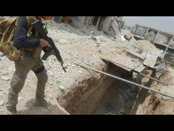 Chiến sự Syria: Lính chính phủ san phẳng chỉ huy sở phiến quân ở Daraa ảnh 6