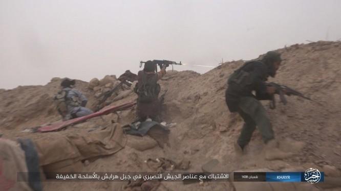 Chảo lửa Deir Ezzor: Vệ binh Syria nỗ lực phá vây IS (video) ảnh 7