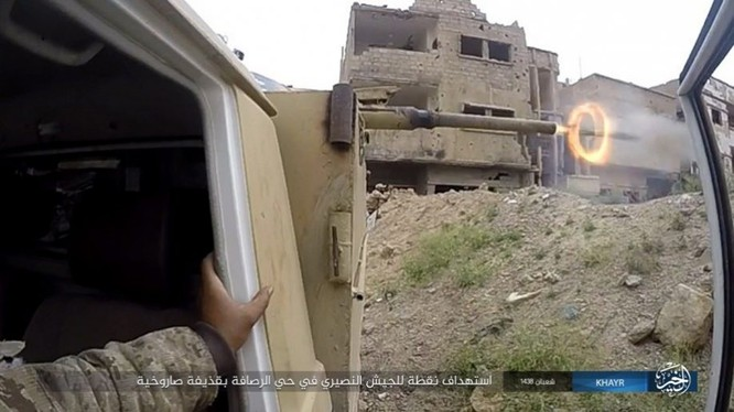 Chảo lửa Deir Ezzor: Vệ binh Syria nỗ lực phá vây IS (video) ảnh 9
