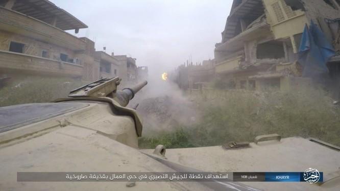 Chảo lửa Deir Ezzor: Vệ binh Syria nỗ lực phá vây IS (video) ảnh 12