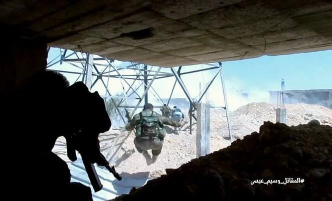 Quân đội Syria dồn lực đè bẹp phe thánh chiến ở Damascus (video) ảnh 1