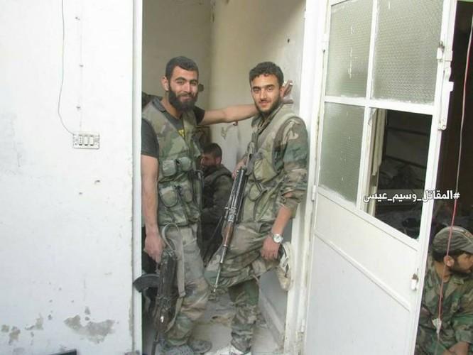 Quân đội Syria dồn lực đè bẹp phe thánh chiến ở Damascus (video) ảnh 7