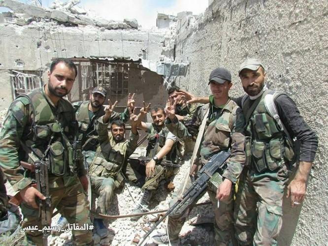 Quân đội Syria dồn lực đè bẹp phe thánh chiến ở Damascus (video) ảnh 10
