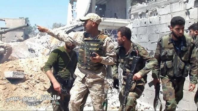 Quân đội Syria dồn lực đè bẹp phe thánh chiến ở Damascus (video) ảnh 11