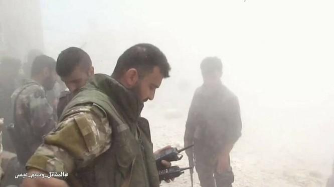Quân đội Syria dồn lực đè bẹp phe thánh chiến ở Damascus (video) ảnh 13