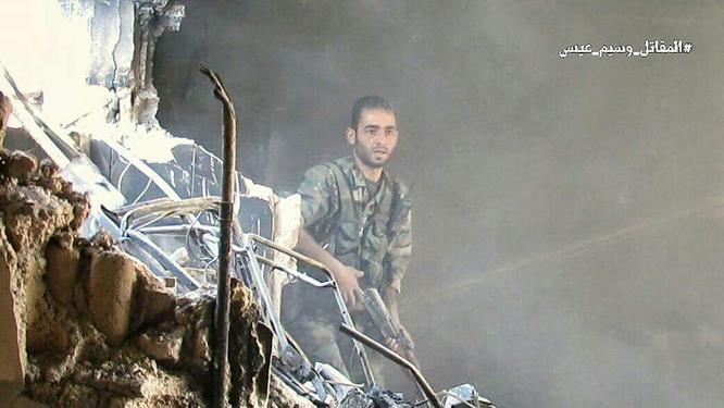 Quân đội Syria đánh phá dữ dội các quận ngoại ô Damascus (video) ảnh 7