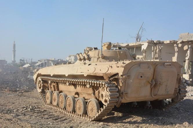 Quân đội Syria tiến công chia cắt quận Al-Qaboun ảnh 3