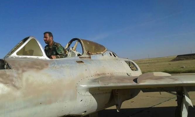 """""""Hổ Syria"""" đập tan IS, chiếm sân bay quân sự đông Aleppo ảnh 3"""