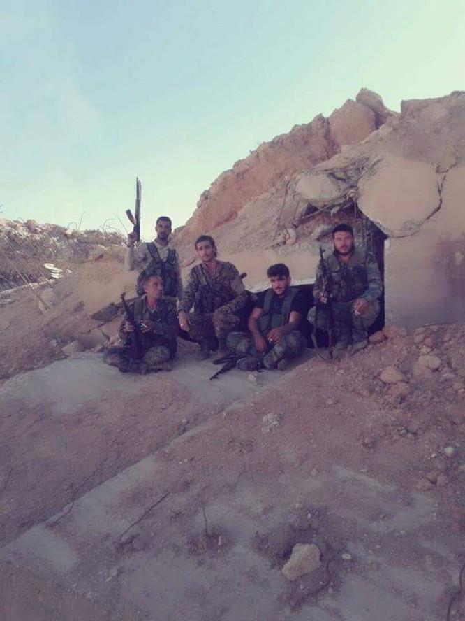 """""""Hổ Syria"""" đập tan IS, chiếm sân bay quân sự đông Aleppo ảnh 4"""