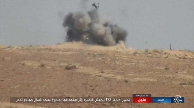 Quân đội Syria trút bão lửa huỷ diệt IS trên chiến trường Palmyra (video) ảnh 2