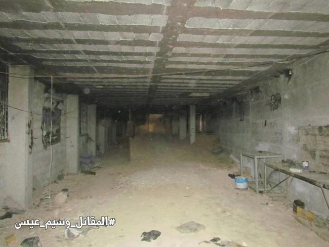 Chiến sự Syria: Phát hiện căn cứ ngầm khổng lồ của phiến quân ở ngoại vi Damascus ảnh 5
